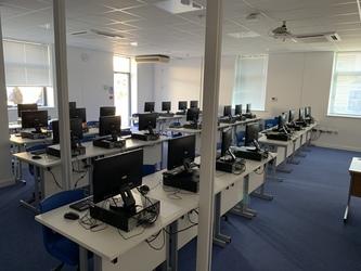 ICT Suite - Swanmore Leisure - Hampshire - 2 - SchoolHire