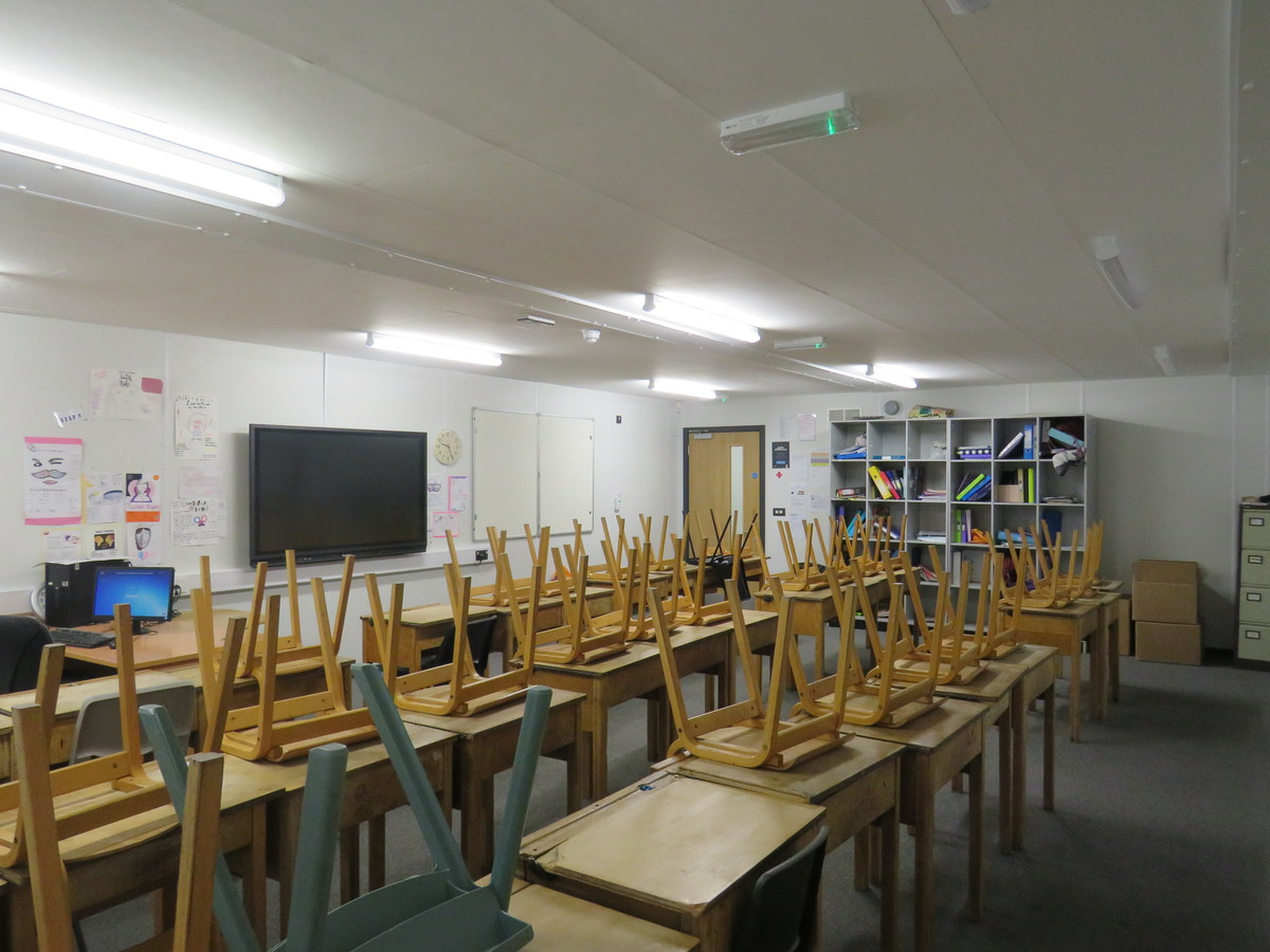 Large Classrooms - St. Michael's Catholic Grammar School - Barnet - 1 - SchoolHire