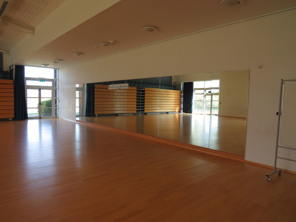 Dance Studio At Wyvern College For Hire In Eastleigh