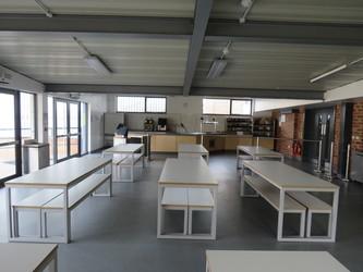 Canteen - The Perins MAT - Hampshire - 4 - SchoolHire
