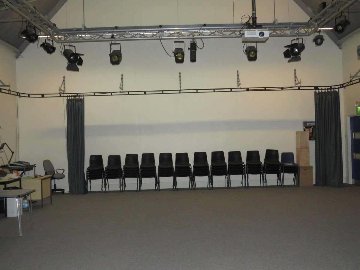 Studio 1 - The Perins MAT - Hampshire - 4 - SchoolHire
