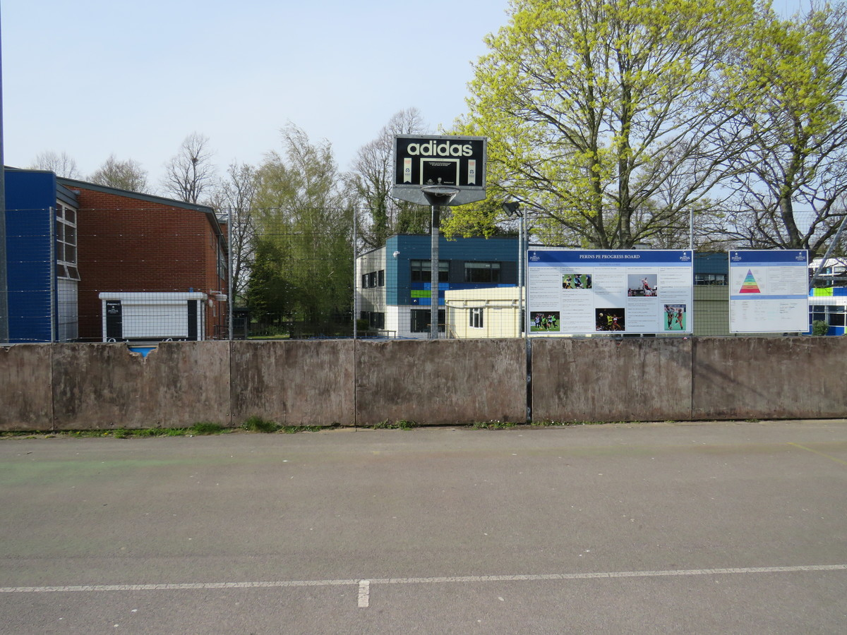 Tennis/Netball Courts - The Perins MAT - Hampshire - 4 - SchoolHire