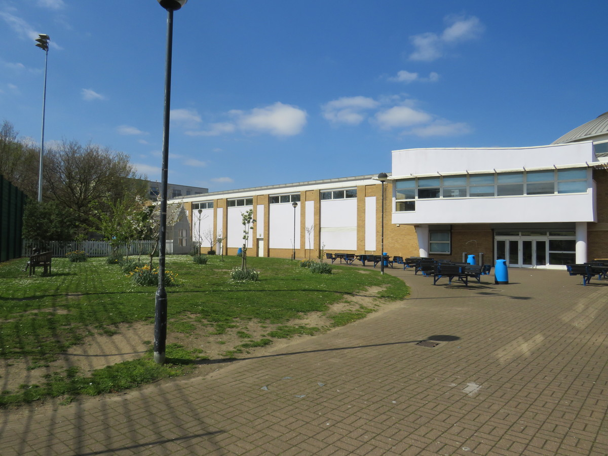 Royal Docks Academy - Newham - 3 - SchoolHire