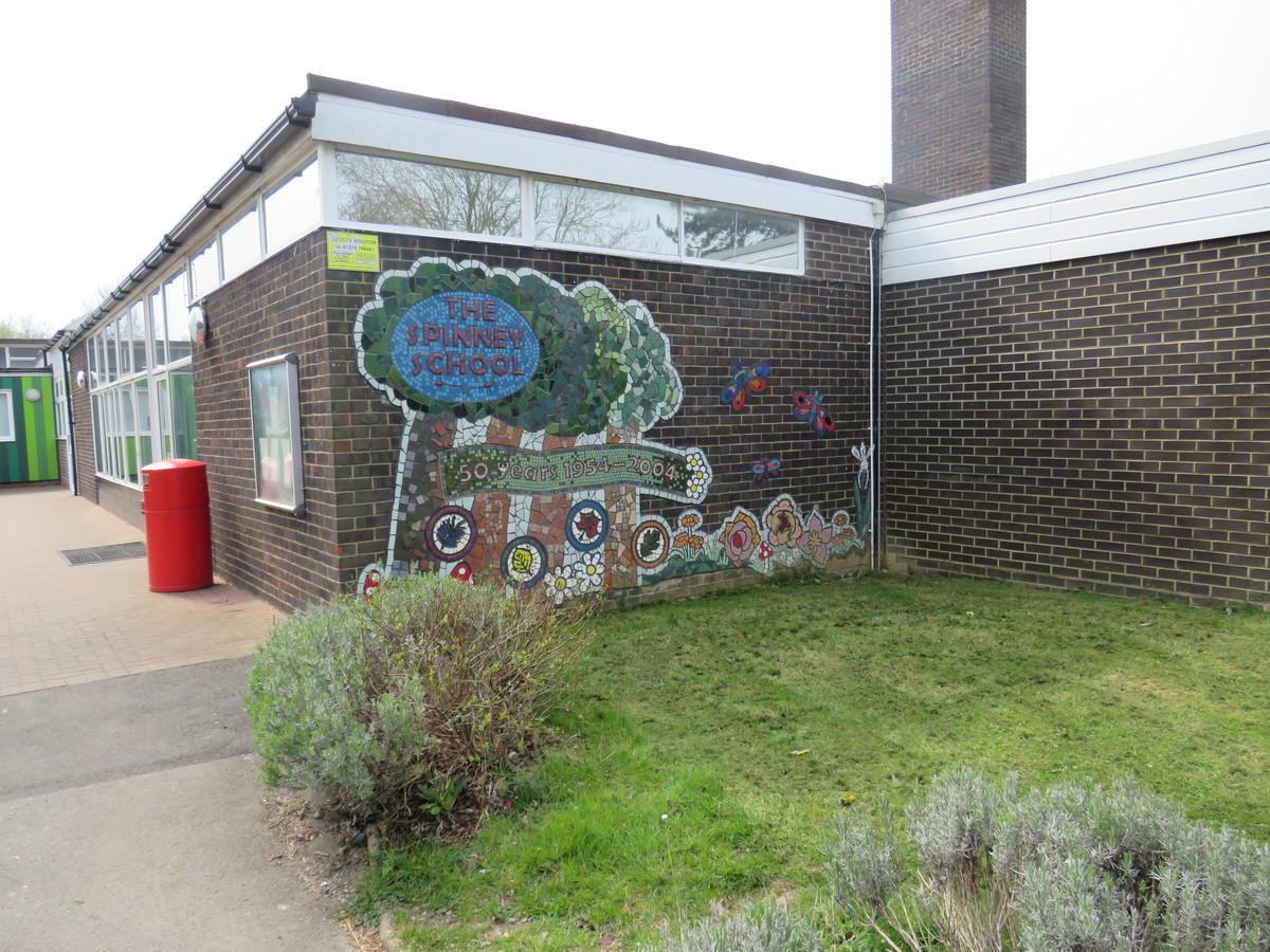 Cooks Spinney Primary Academy - Essex - 3 - SchoolHire