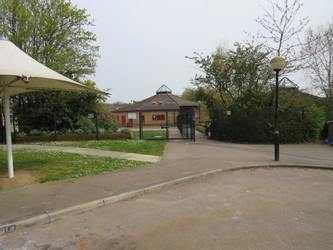Freshwaters Primary Academy - Essex - 2 - SchoolHire