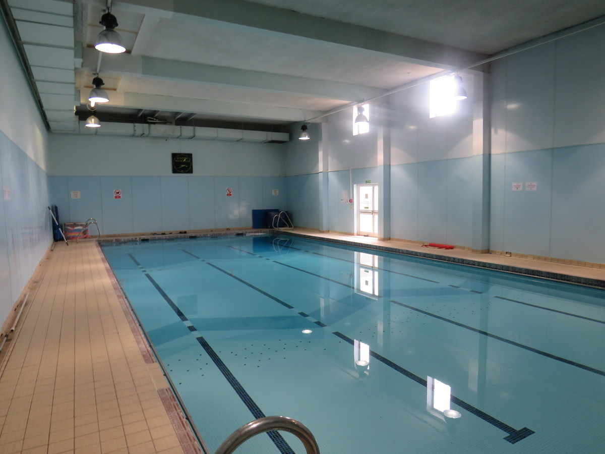 Swimming Pool - Burnt Mill Academy - Essex - 3 - SchoolHire