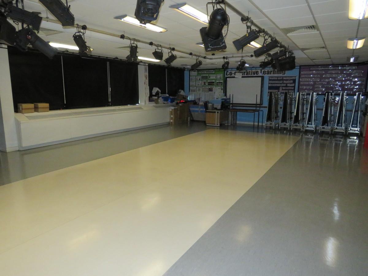 Drama Studio - Royal Docks Academy - Newham - 4 - SchoolHire