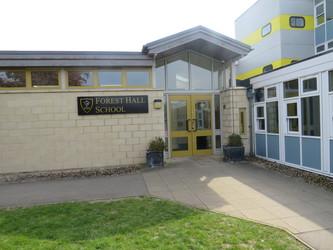 Forest Hall School - Essex - 2 - SchoolHire