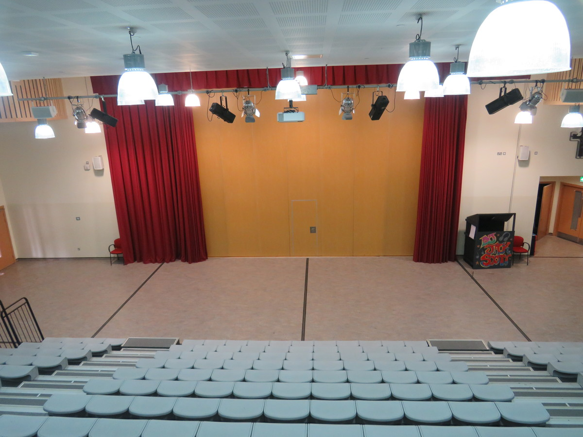 Main Hall - Epping St John's School - Essex - 4 - SchoolHire