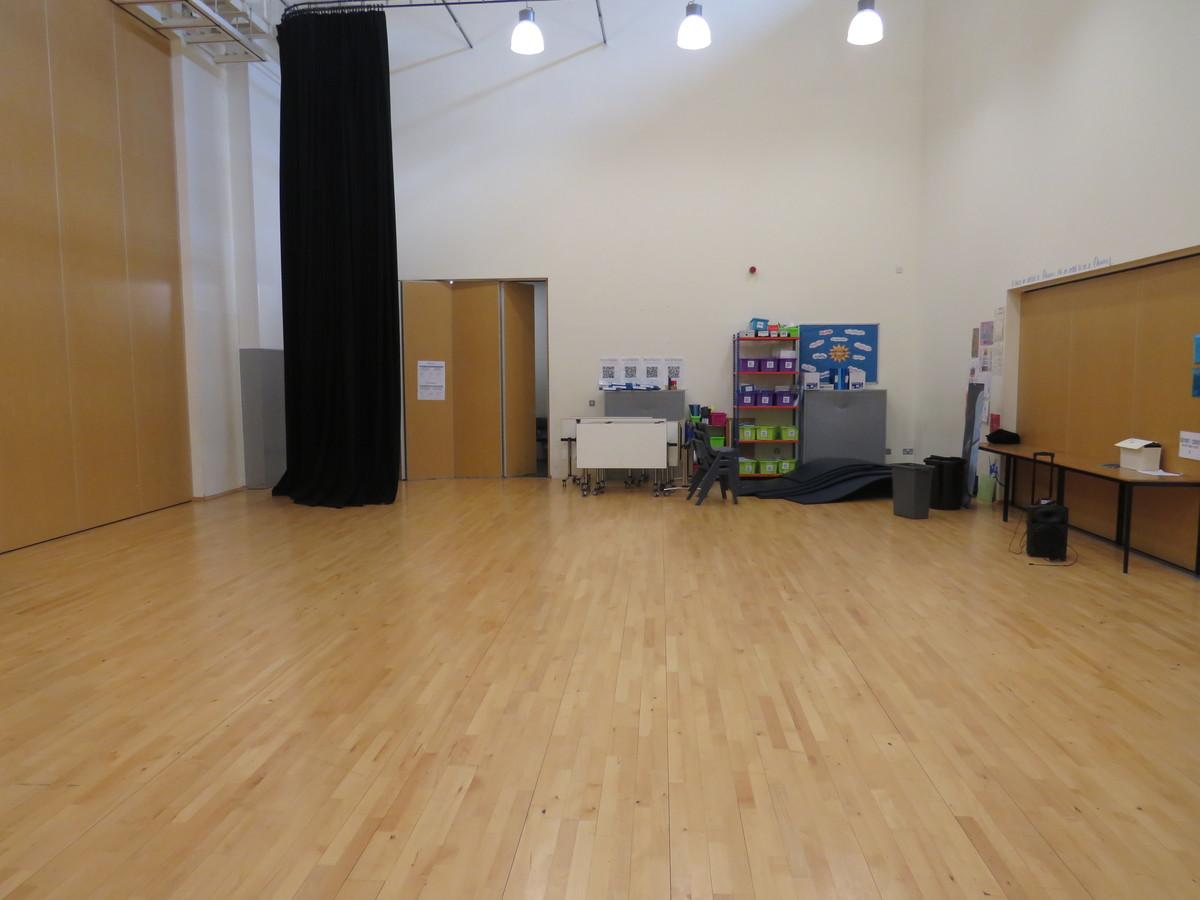 Activity Studio - Epping St John's School - Essex - 2 - SchoolHire
