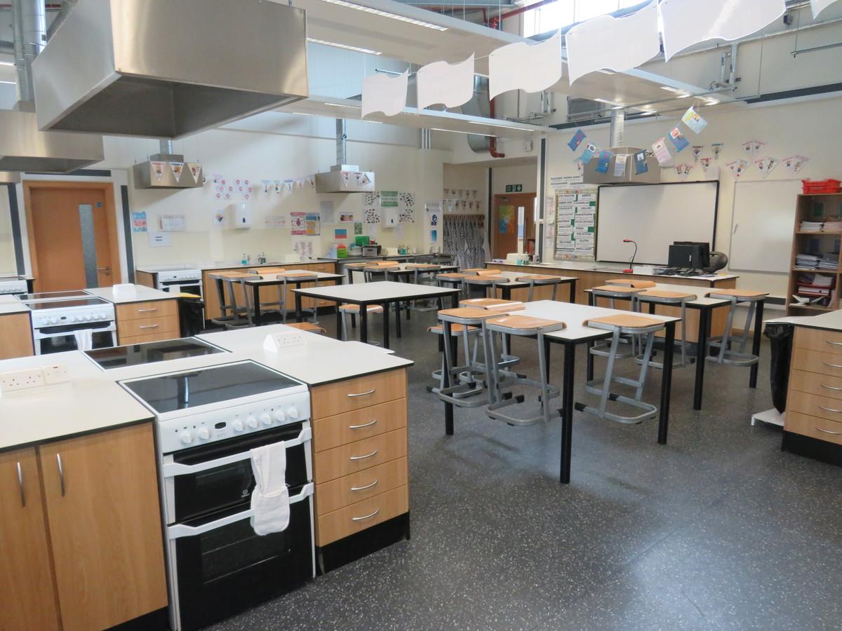 Food Technology Room - Epping St John's School - Essex - 1 - SchoolHire