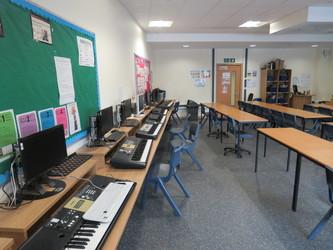 Music Room - Epping St John's School - Essex - 2 - SchoolHire