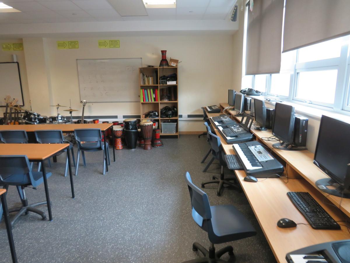 Music Room - Epping St John's School - Essex - 3 - SchoolHire